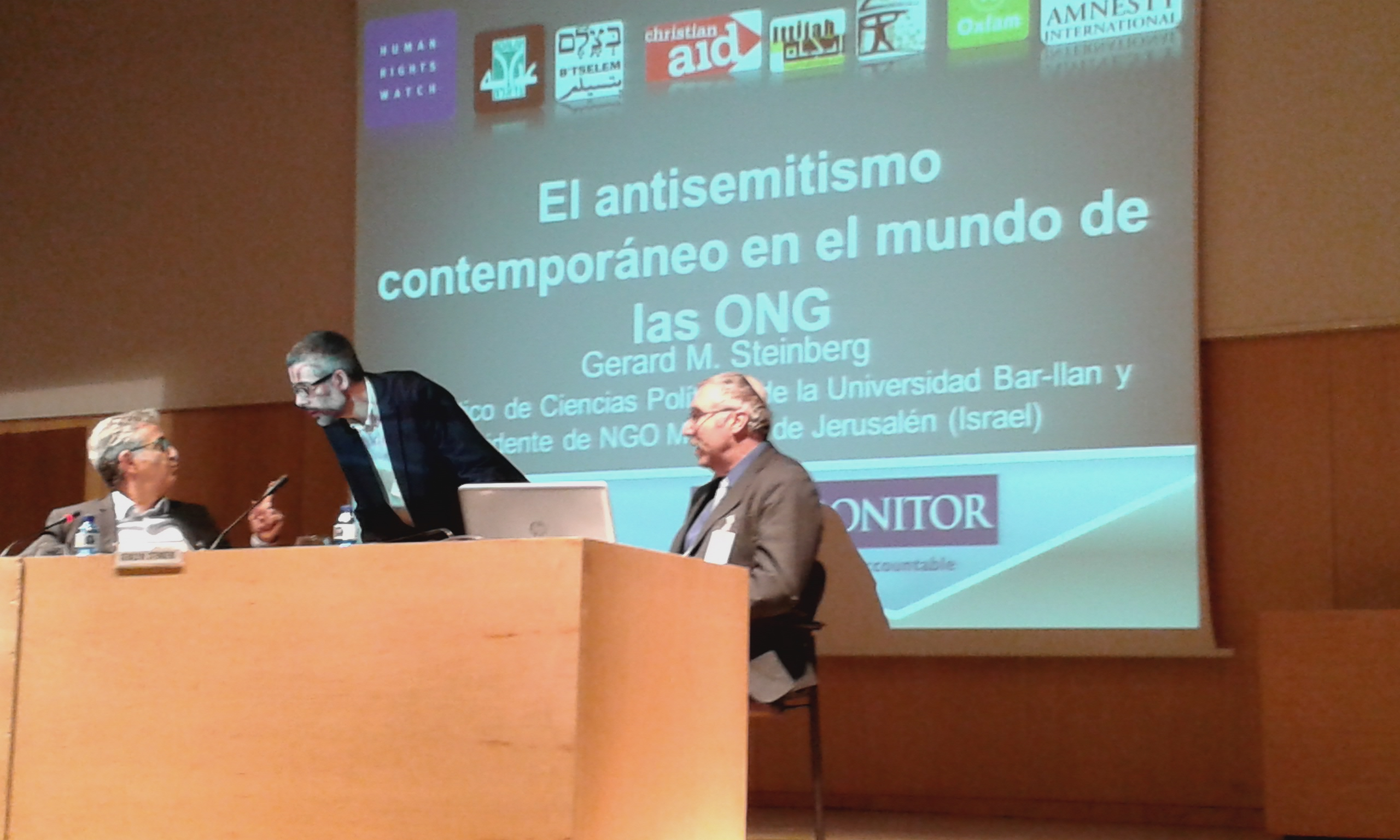 David Grebler, President, Fundacion Baruch Spinoza Prof. Xavier Torrens, University of Barcelona and Prof. Gerald Steinberg at the third seminar on antisemitism, held in Barcelona, Nov. 5, 2014