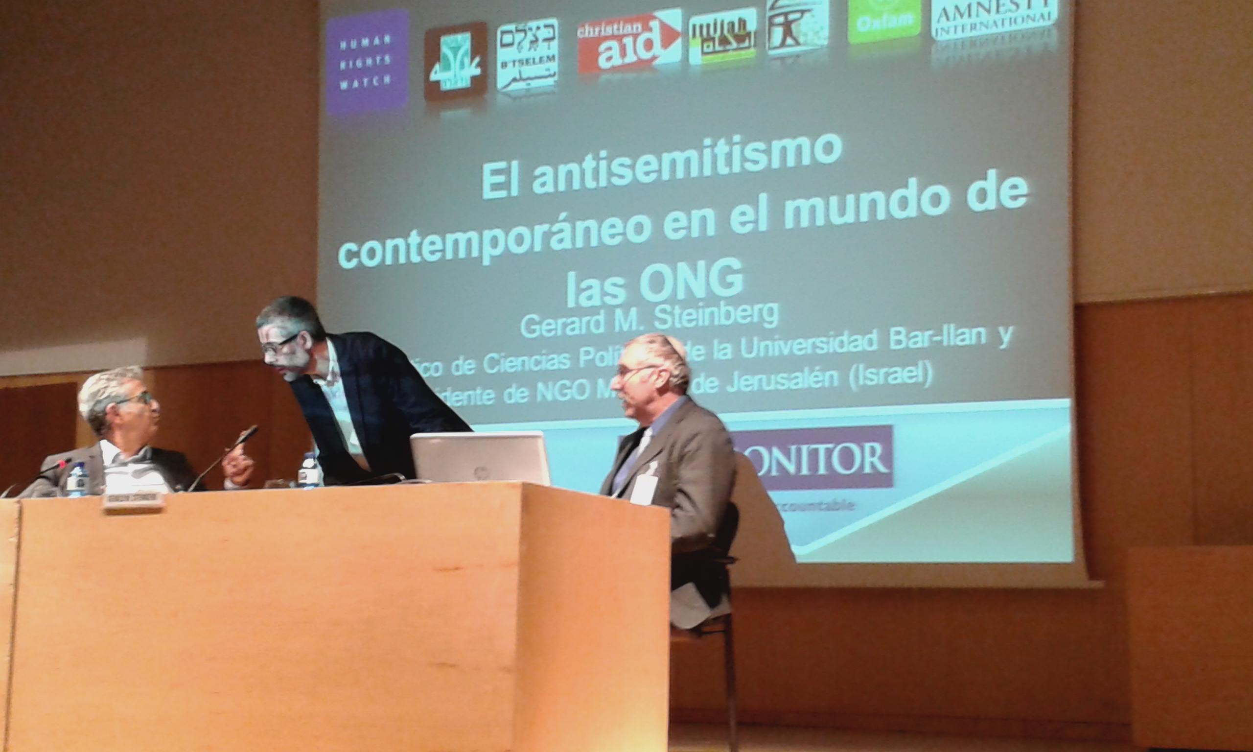 David Grebler, President, Fundacion Baruch Spinoza Prof. Xavier Torrens, University of Barcelona and Prof. Gerald Steinberg at the third seminar on antisemitism, held in Barcelona, Nov. 5, 2014